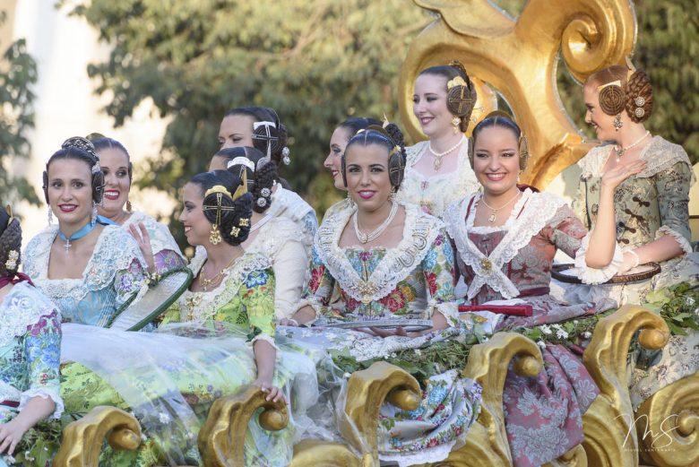 Batalla de flores por Miguel Santamaría Vicent.