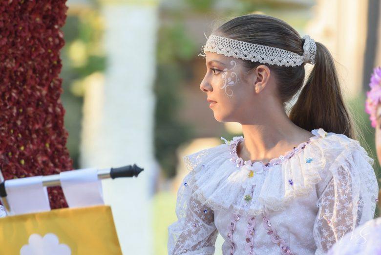 Batalla de flores - Clara María Parejo por Miguel Santamaría Vicent.