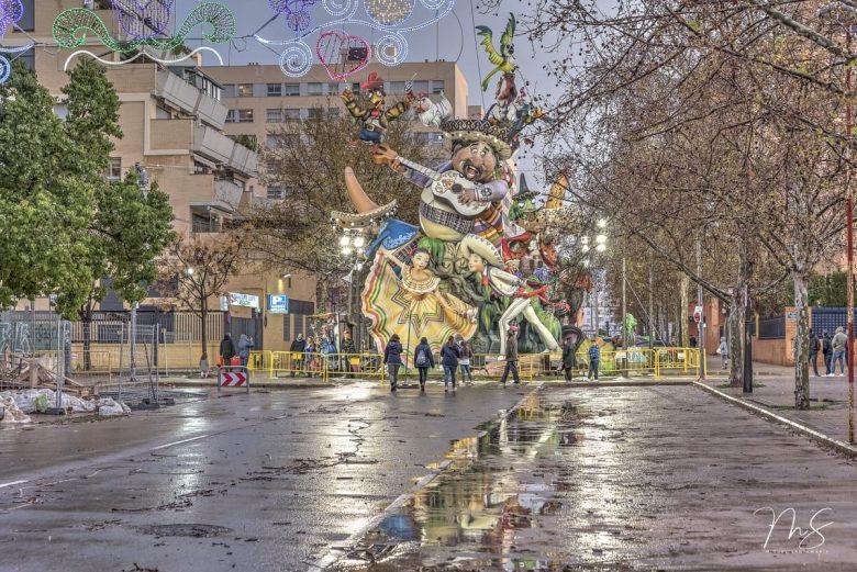Vista completa de la Falla grande 2018, obra de David Sánchez Llongo.