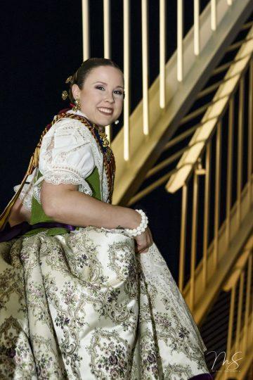 Esther Martínez García por Miguel Santamaría Vicent.