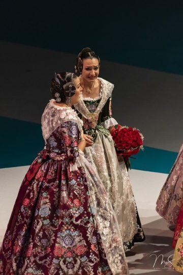 Azahara Vallet Sánchez y Laura Bennasar Lafuente  por Miguel Santamaría Vicent.